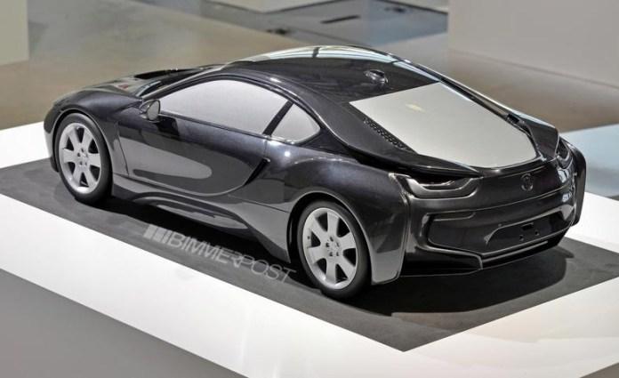 BMW i8 Scale Model (3)