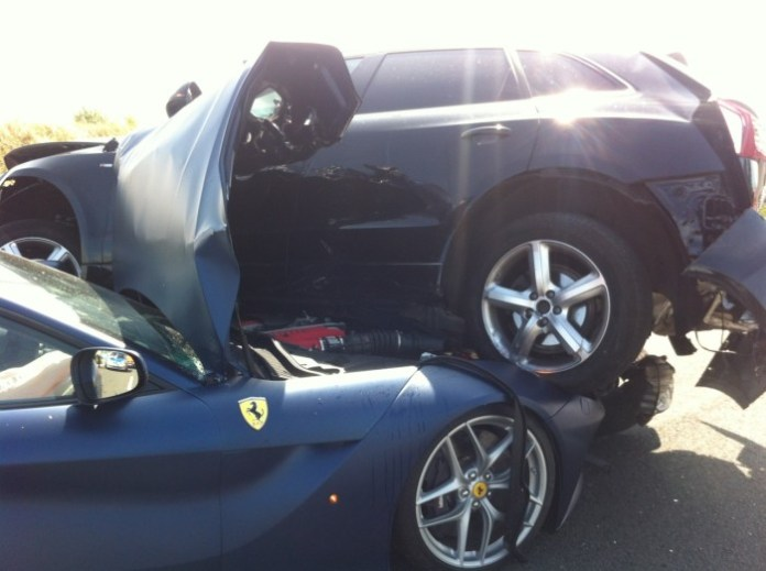Ferrari F12berlinetta and Audi Q5 crashed (1)