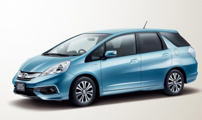 Honda Fit Shuttle Facelift 2014 (1)