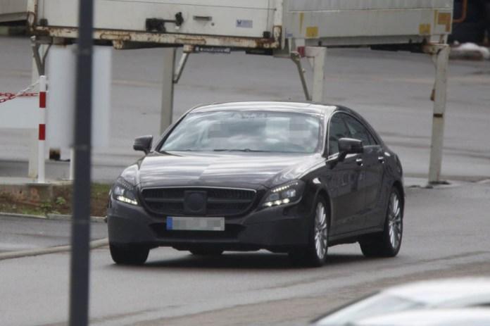 Spy Photos Mercedes-Benz CLS facelift 2015 (1)