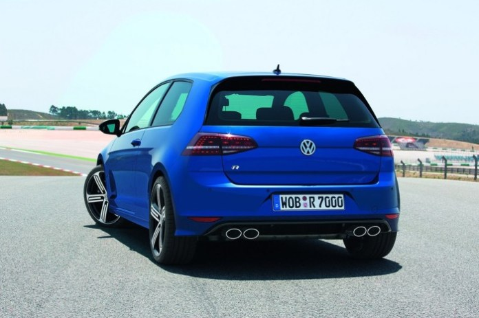 Volkswagen-Golf-R-2[3]