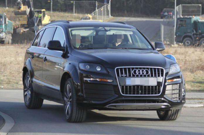 audi-q7-2014-mule-spy-photos-2