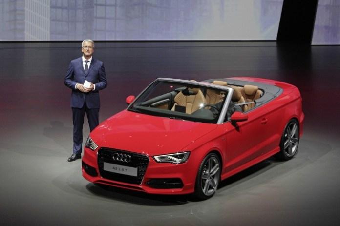 Volkswagen Group Night ?Moving Ideas?, IAA Frankfurt 2013/Rupert Stadler, Vorsitzender des Vorstands der AUDI AG, praesentiert das neue Audi A3 Cabriolet