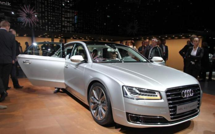 Audi A8 and S8 Facelift 2014 Live in Frankfurt 2013 (1)