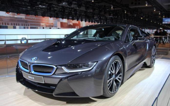 BMW i8 Live in Frankfurt Motor Show 2013 (2)