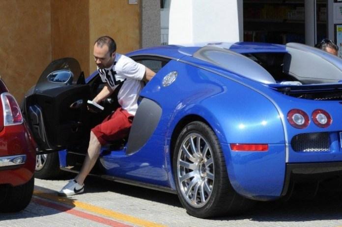 Iniesta-Bugatti-Veyron