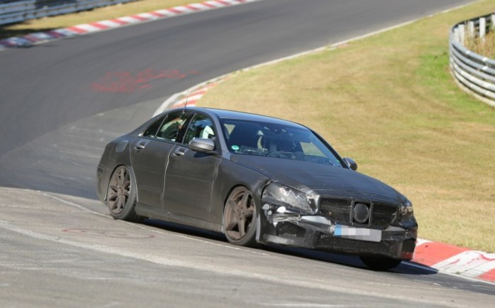 Mercedes-Benz C63 AMG 2014 Spy Photos (3)