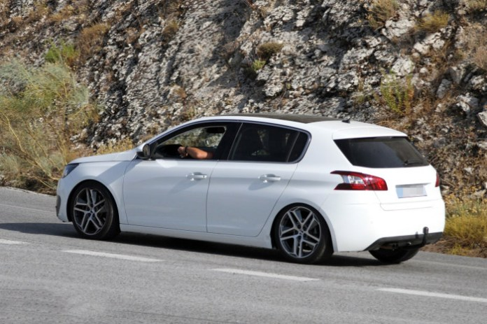 Peugeot 308 GTi 2014 Spy Photos (3)