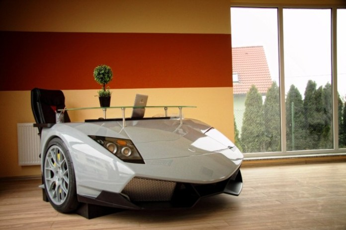Lamborghini Murcielago SV desk