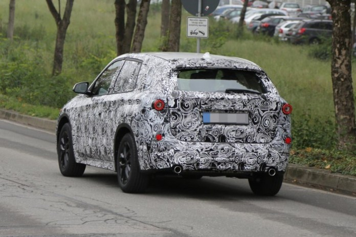 bmw x1 2015 spy photos (5)