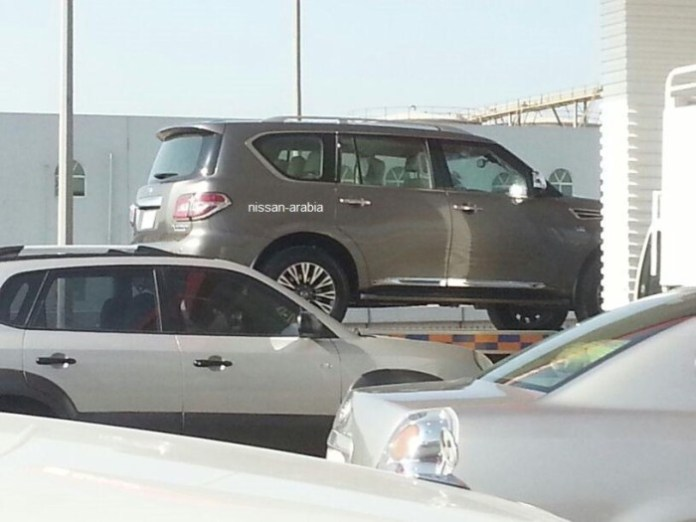 2014 Nissan Patrol spy photo