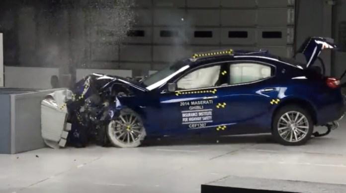 2014 Maserati Ghibli moderate overlap IIHS crash test