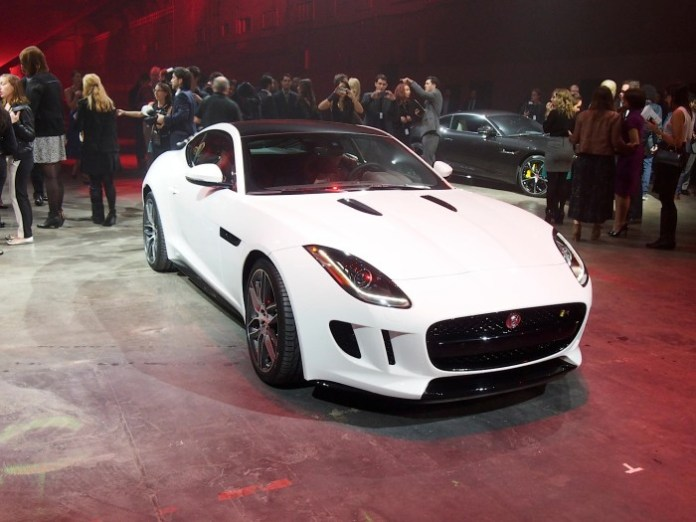 Jaguar F-Type Coupe (5)