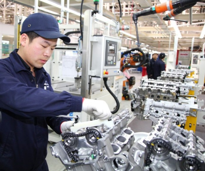 Mercedes-Benz engine plant at Beijing Benz celebrates grand opening (1)