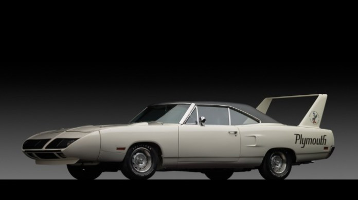 Plymouth Road Runner Superbird 1970 (1)