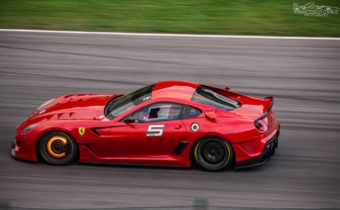 Ferrari 599xx carbon ceramic brakes glow