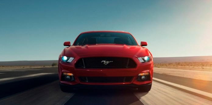 ford-mustang-2015-6