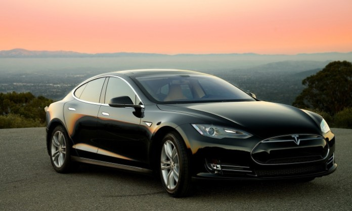 2013_tesla_model_s_performance-pic-