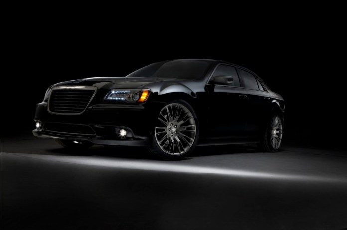 Chrysler 300C 2014 John Varvatos Limited Edition (1)
