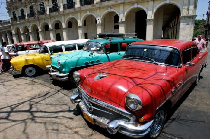 CubaCars-2100-11