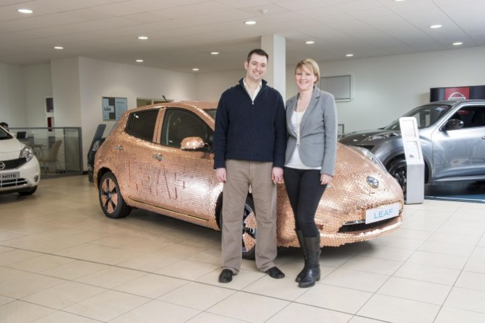 Nissan LEAF 100000th customers (2)