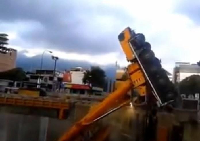 fail crane