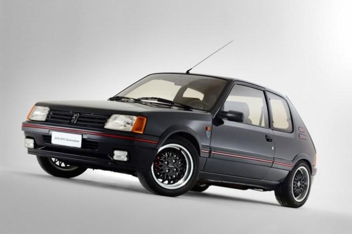 Peugeot-205-GTi-19-16V-Gutmann-2[5]
