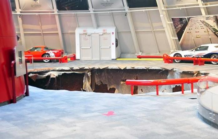 Sinkhole at the National Corvette Museum (2)