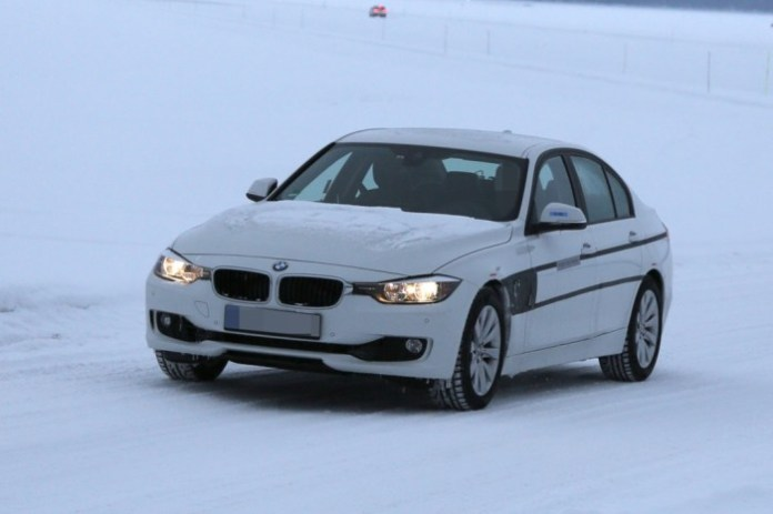 Spy Photos BMW 3-Series Plug-in Hybrid (1)