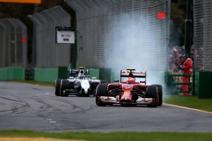 140107aus 700x466 Πρόβλημα στα ηλεκτρικά αντιμετώπισαν οι Ferrari