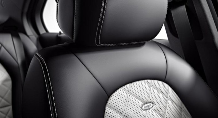 2014 Mercedes-Benz C-Class Edition 1 (3)