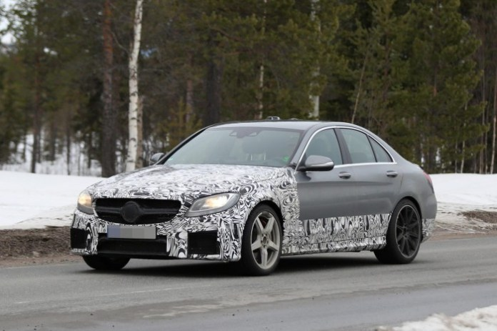 2015 Mercedes-Benz C63 AMG Sedan spy photo (1)