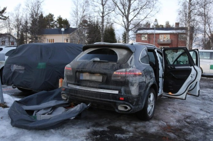 2015 Porsche Cayenne facelift spy photo (4)a