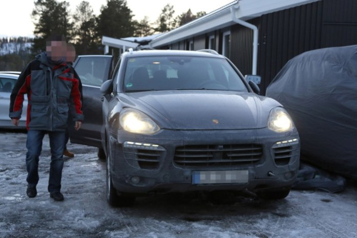 2015 Porsche Cayenne facelift spy photo (5)a
