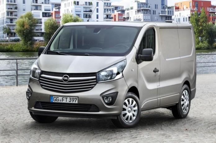 Opel Vivaro 2014 (1)