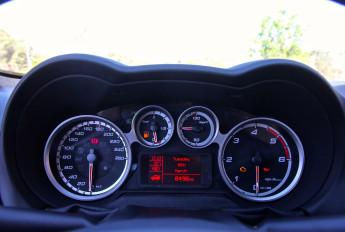 Test_Drive_Alfa_Romeo_Mito_MY2014_44