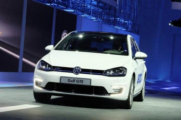 Volkswagen Golf GTE (1)