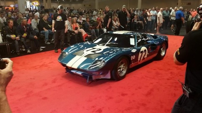 1964-ford-gt40-prototype-1