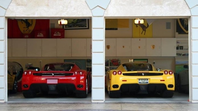Supercars Garages