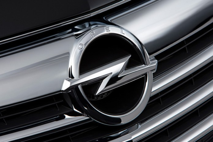opel-badge-grille
