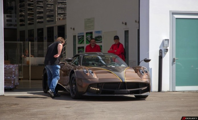 Five Pagani Huayra ready for deliveries