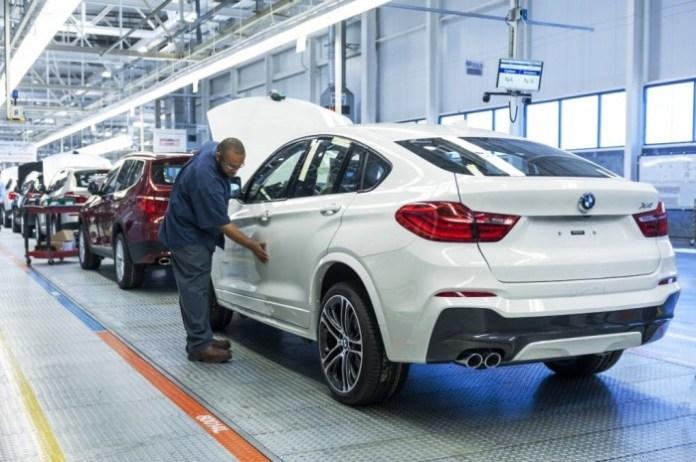BMW-X4-rear-three-quarters-manufacturing-plant-in-Spartanburg-1024x681
