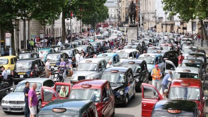 Taxis blockade Whitehall