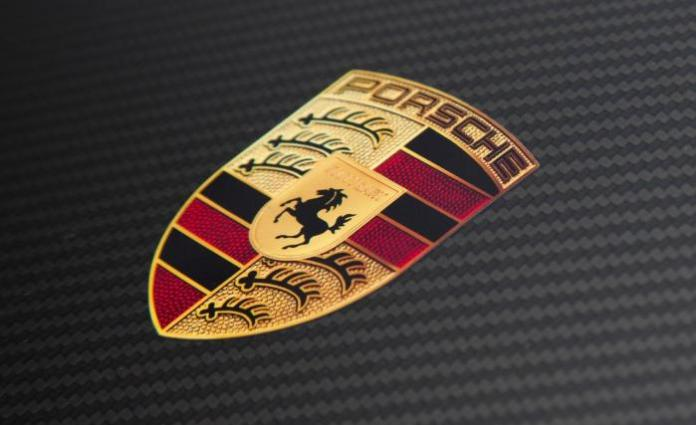 2011-porsche-911-gt2-rs-badge-photo-410855-s-1280x782