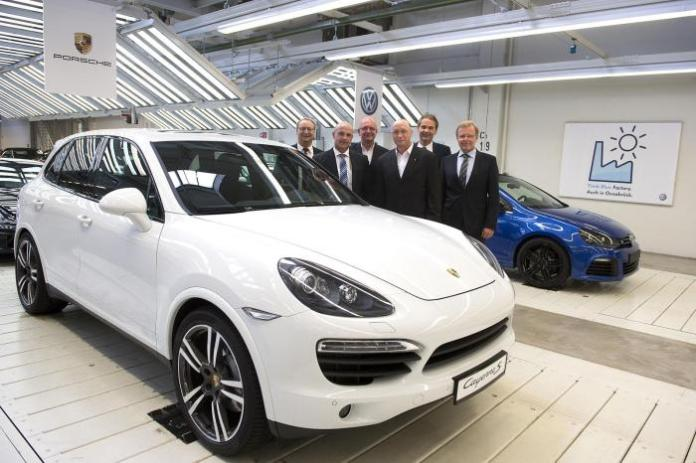 Porsche Cayenne production announcement