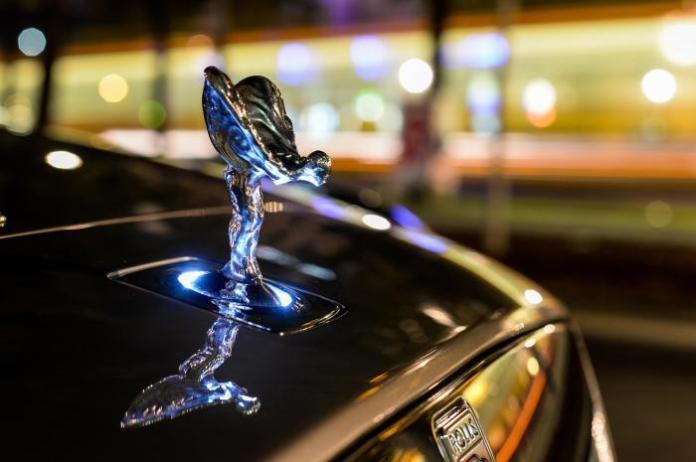 Rolls-Royce announces record half-year sales logo
