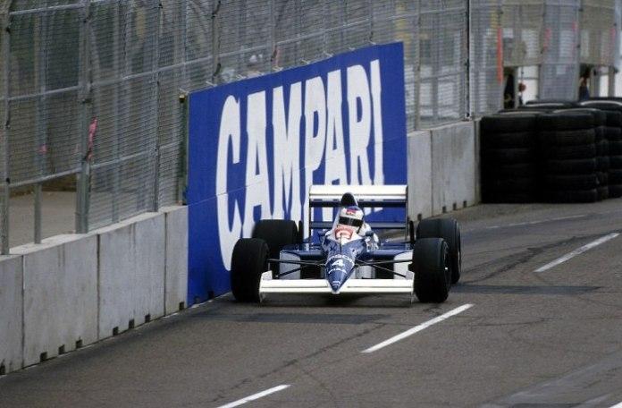 Από πλευράς οδηγών, αποκάλυψη της χρονιάς ήταν ο rookie Jean Alesi. Πάντα θεαματικός, κατάφερε να πάρει 2 δεύτερες θέσεις στο τιμόνι της Tyrrell-Ford 018. Την πρώτη από αυτές, στο ντεμπούτο του, παλεύοντας ρόδα-ρόδα με το μεγάλο Ayrton Senna.