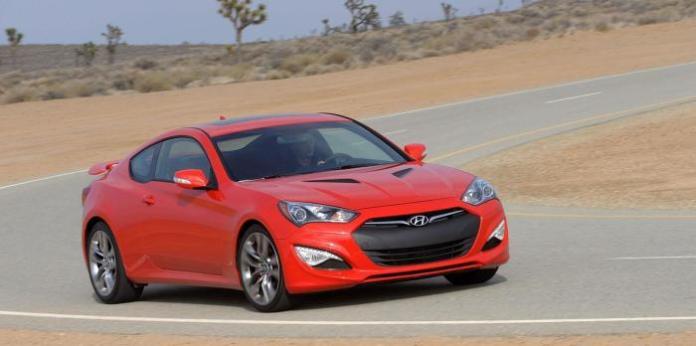 2015-Hyundai-Genesis-Coupe17