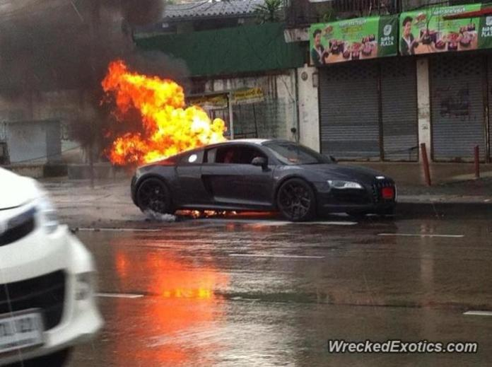 Audi R8 catches fire in Thailand (1)