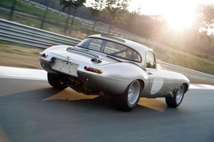 Jaguar Lightweight E-Type prototype 6